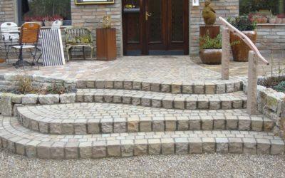 Treppenstufen aus Stein: unendliche Möglichkeiten